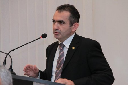 Professor Vüqar Məmmədov Türkiyə xalqına başsağlığı verib