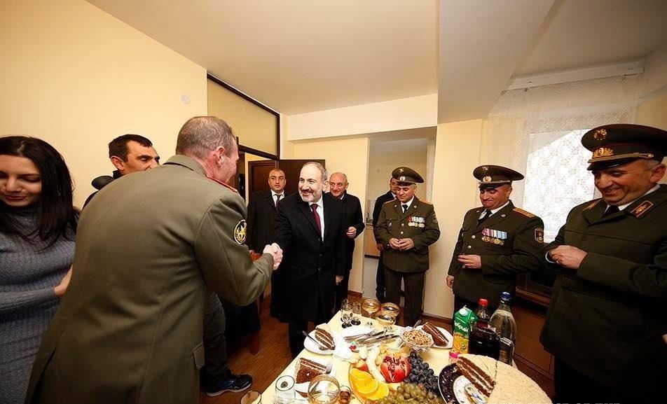 Paşinyan Kəlbəcərə gəldi – FOTO