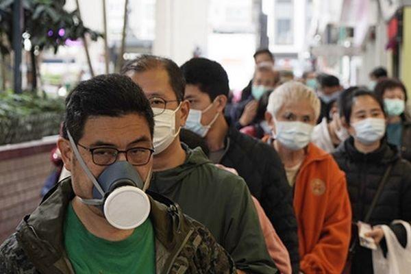 Koronavirusdan ölənlərin sayı 700 nəfəri keçdi