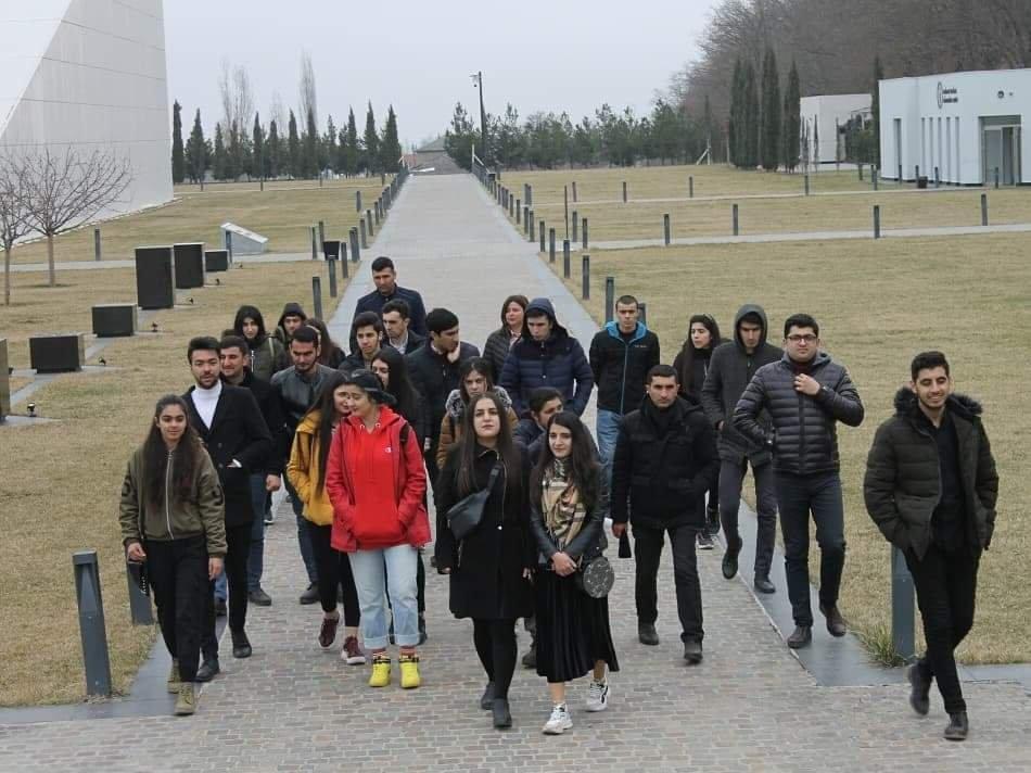 Qubalı gənclər Quba Soyqırımı Memorial Kompleksini ziyarət ediblər