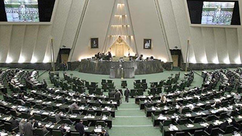 İranda beş deputat koronavirusa yoluxub