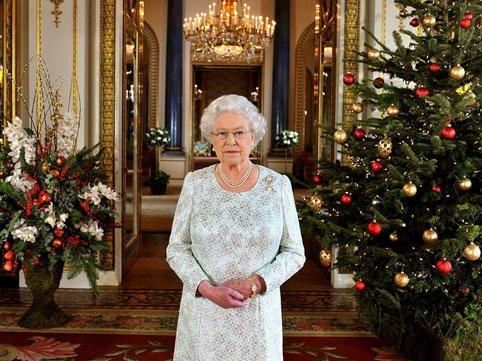 Britaniya kraliçası da koronaya yoluxdu
