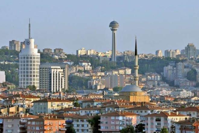 Türkiyədə 600-dən çox tibb işçisi koronaya yoluxdu