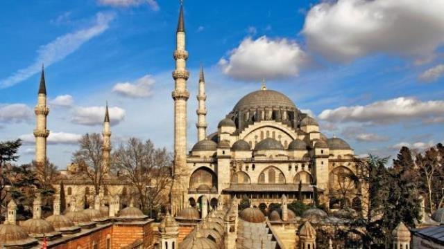 İstanbulda 20 erməni koronaya yoluxdu, biri öldü
