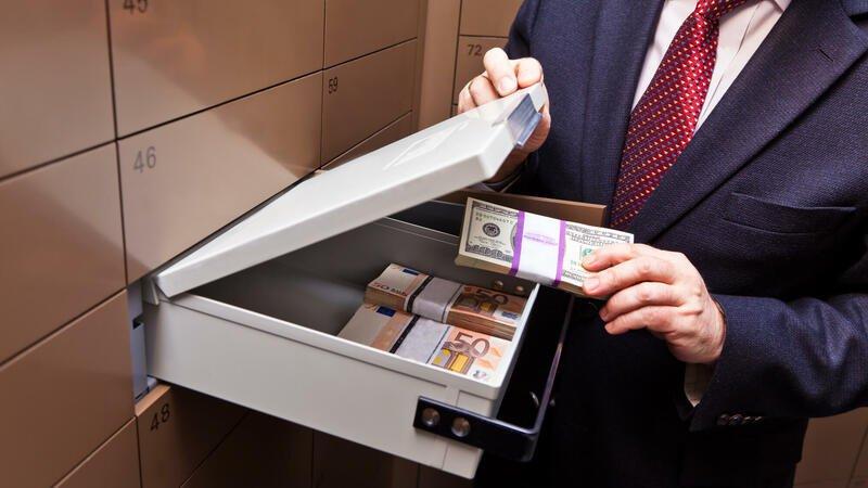 Bağlanan banklarda pulu olanlara xəbər var: NAĞDSIZ ÖDƏNİLƏCƏK