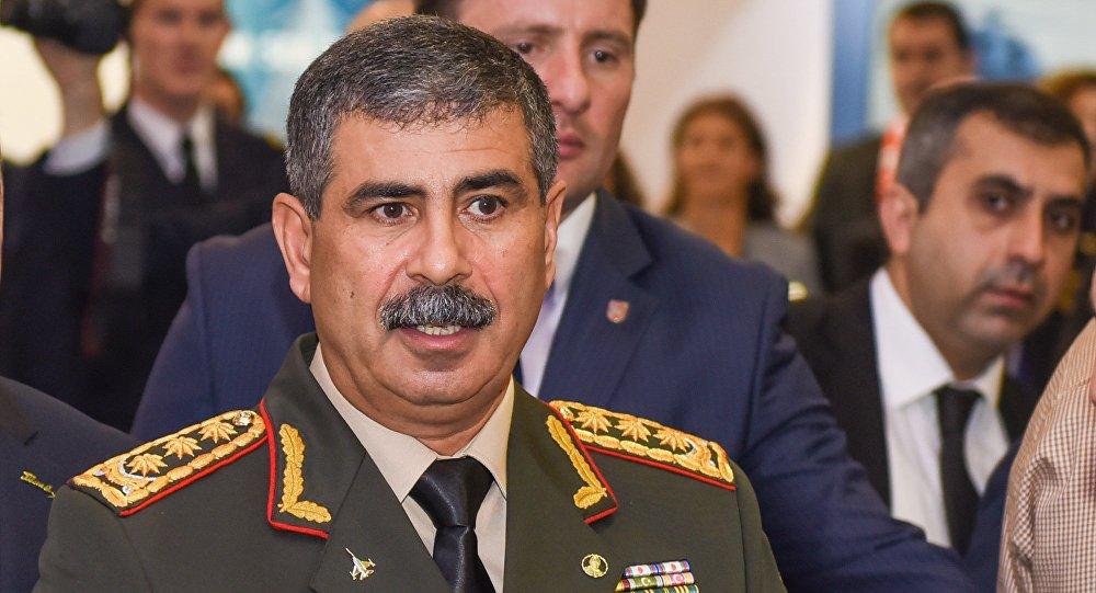 Deputat Müdafiə nazirini tənqid etdi