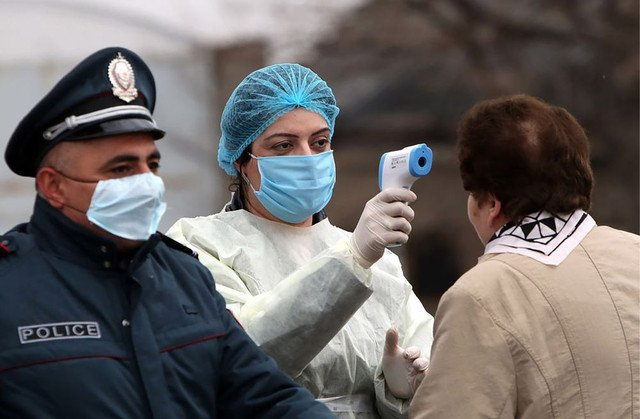 100-dək polis koronavirusa yoluxdu