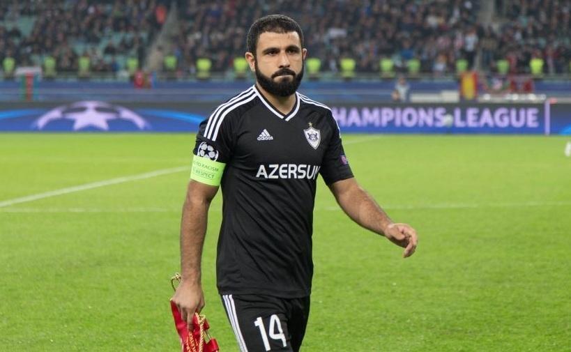 Rəşad Sadıqov futboldan getdi