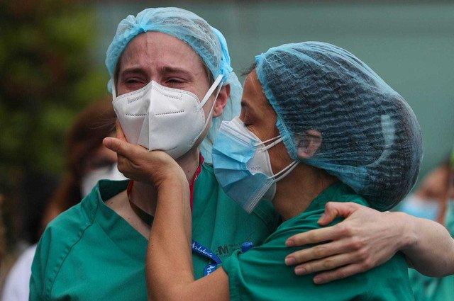 Dünyada koronavirusdan ölənlərin sayı yarım milyonu ÖTDÜ