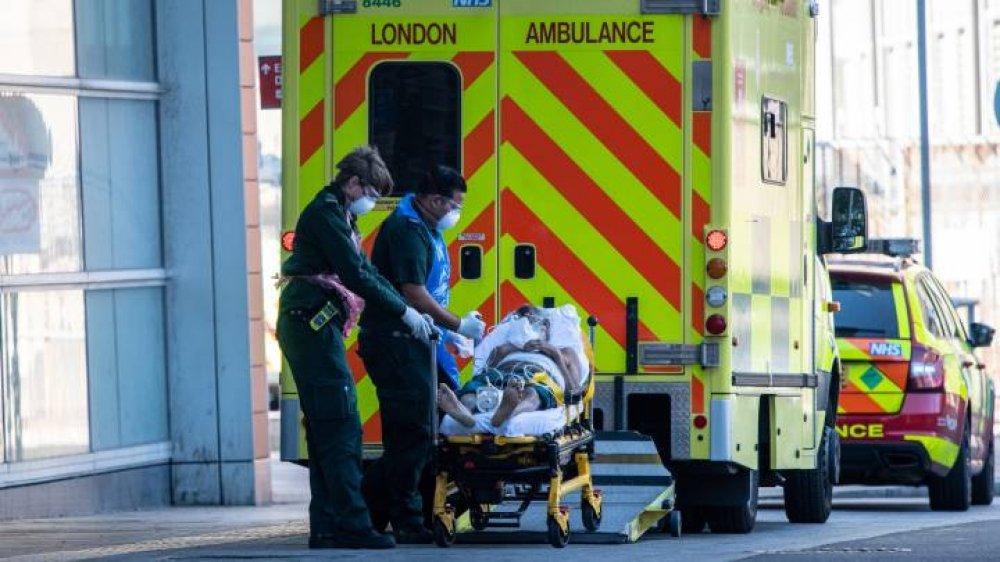 Böyük Britaniyada virusdan ölənlərin sayı 44 min 798 nəfərə çatdı
