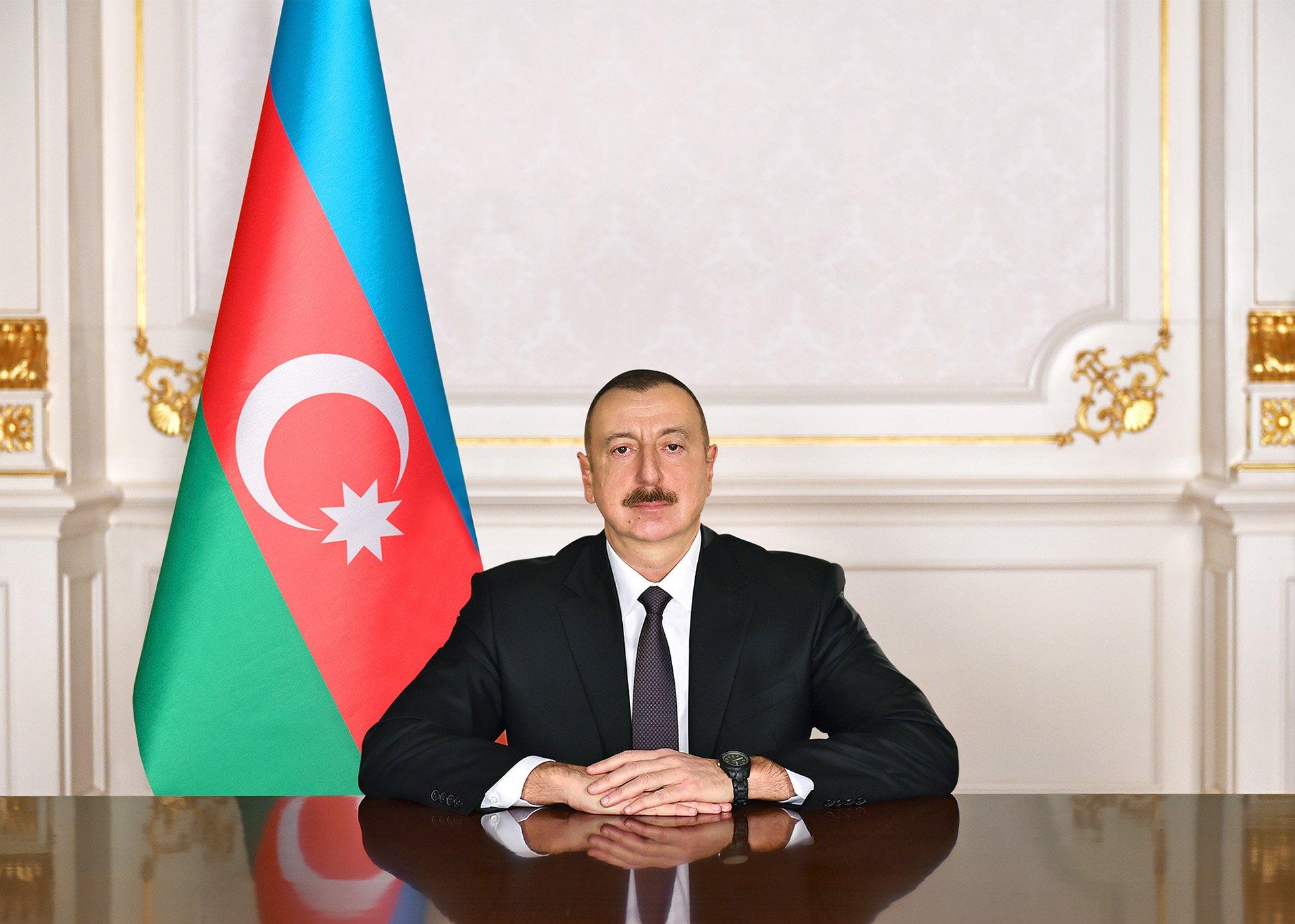 Prezident şəhid generalla polkovnikin ailəsinə ev verdi