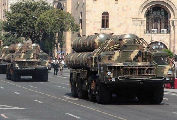Serb silahlarını İrəvana kimlər və necə daşıyıb?