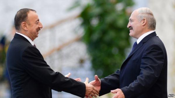 İlham Əliyev Lukaşenkoya zəng etdi