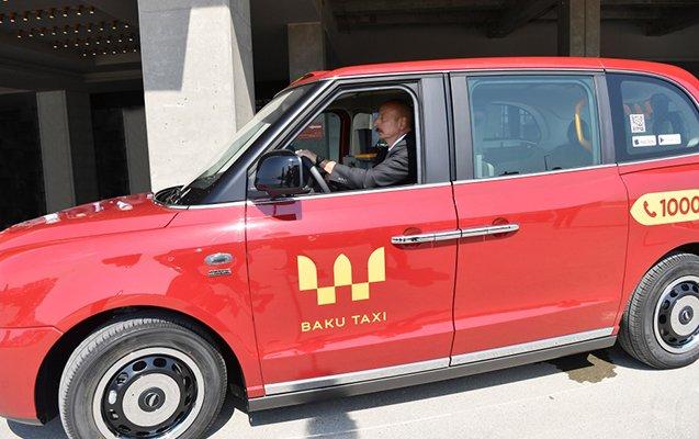 İlham Əliyev taksi sürdü - VİDEO
