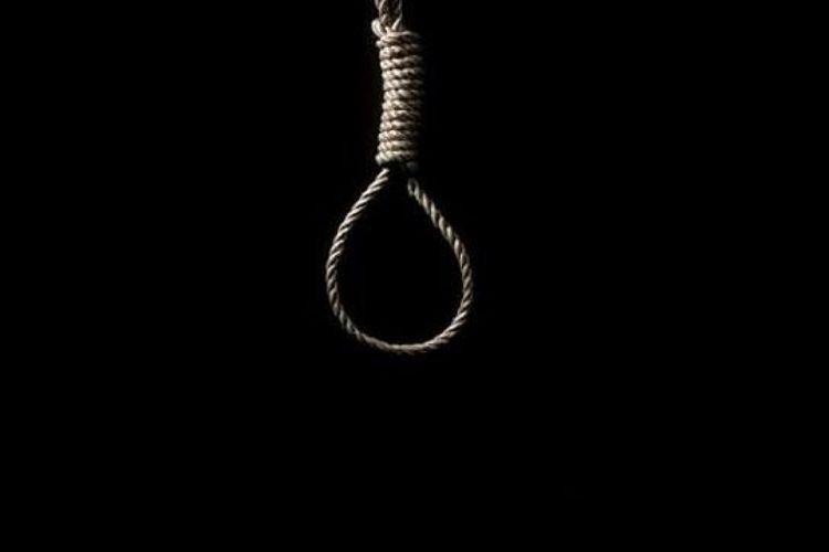 Siyəzəndə 39 yaşlı qadın intihar edib