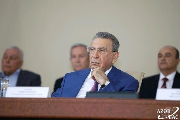 MaksimMusayev Ramiz Mehdiyevlə bağlı şok faktları açıqladı
