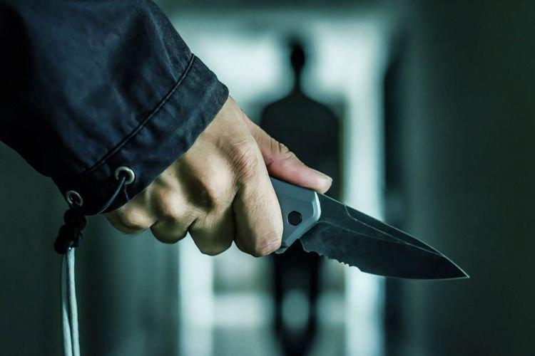 Bakıda qonşu ilə dava zamanı 2 nəfər bıçaqlandı