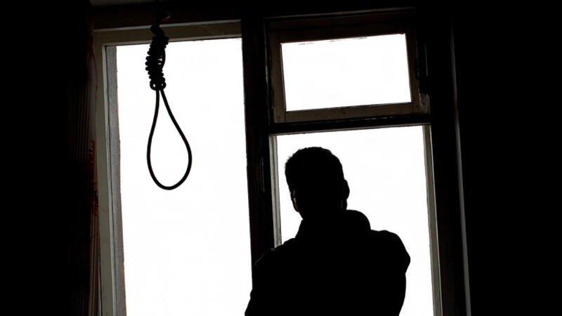 Zərdabda 3 uşaq atası olan 33 yaşlı kişi özünü öldürdü