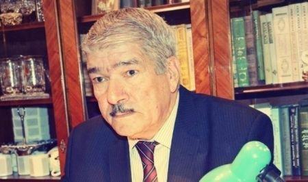 BDU-nun professorunu iş yerinə buraxmadılar - SƏBƏB