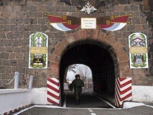 Rusiya hərbçisi Ermənistanda həlak oldu