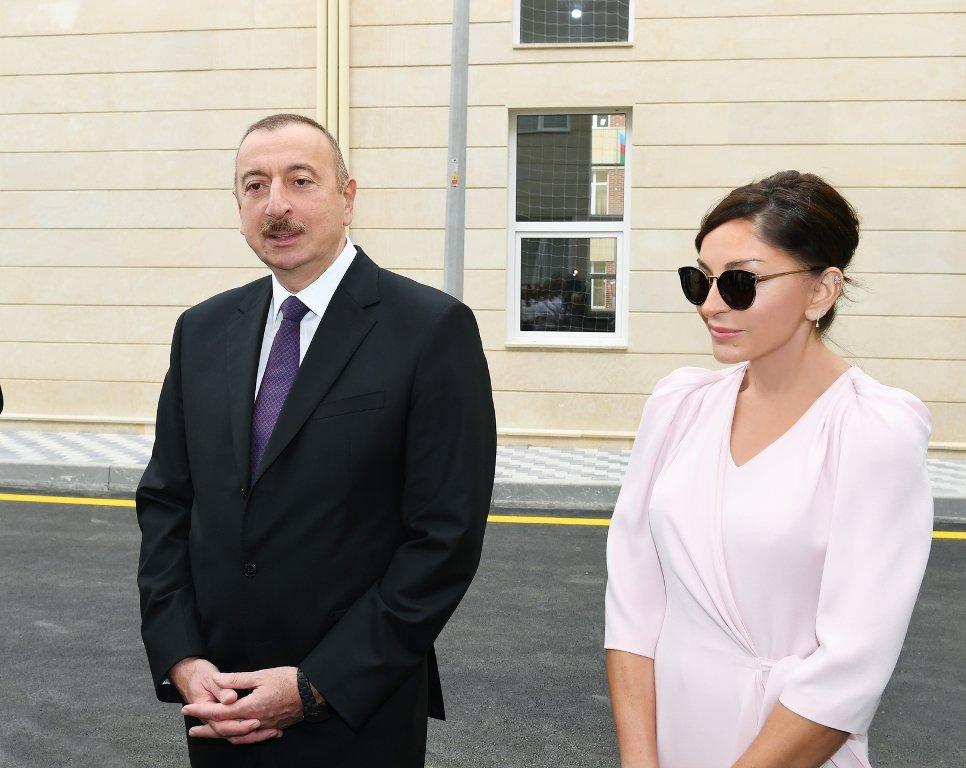 İlham Əliyev və Birinci vitse-prezident Balaxanıda