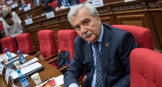Erməni deputat xarici muzdluları Qarabağa çağırdı
