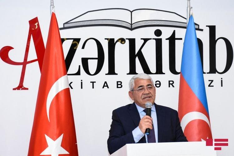 """""""Gənc könüllülərin diaspor işinə cəlb olunması çox faydalıdır"""""""