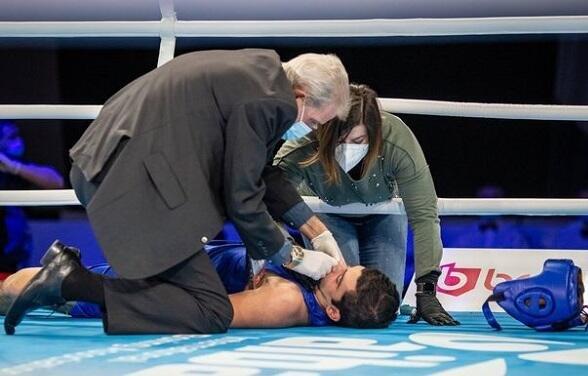 Dünya çempionatında faciə: Boksçu rinqdə öldü