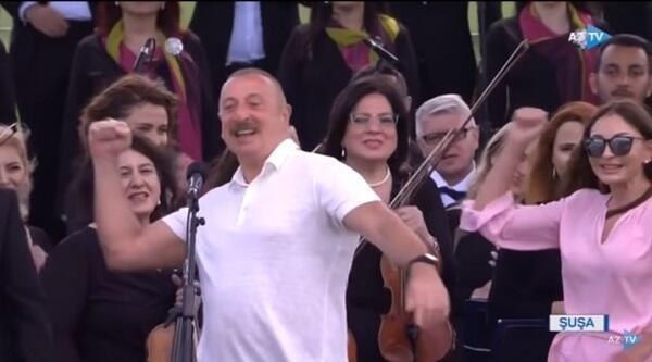 """Prezident Şuşada """"Qarabağ Azərbaycandır!"""" dedi - Video"""