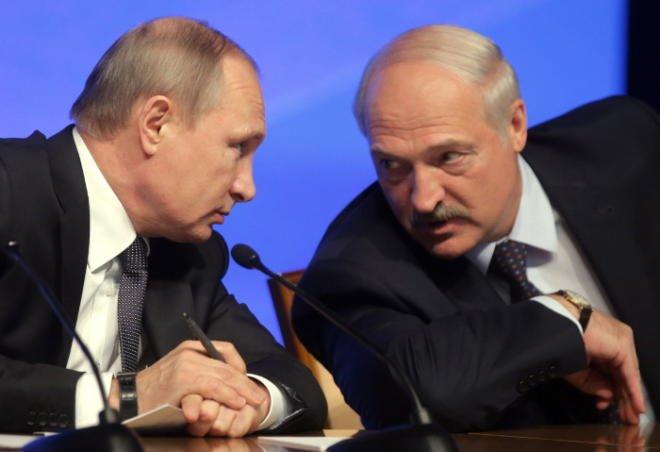 Lukaşenko Putindən danışdı: Mübahisə də edirik