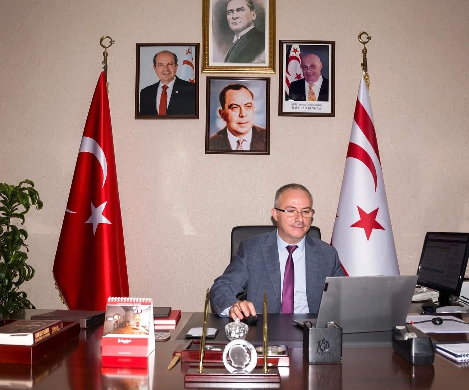 """""""Dünya yunanları Türkiyəyə ayaq bağı edib"""""""