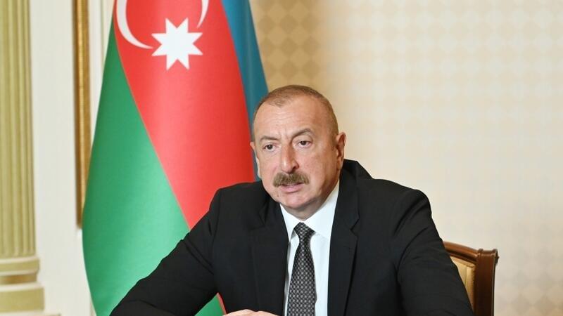 İlham Əliyev Forum iştirakçılarına müraciət etdi