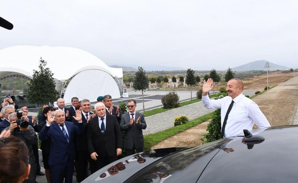 Azad edilən kəndlərdə hər evin ən azı 12 sot torpaq sahəsi olacaq - Prezident